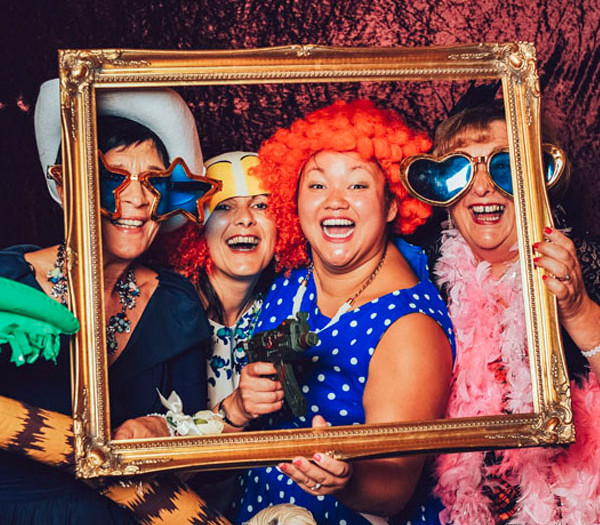 Wig out with a wedding photobooth